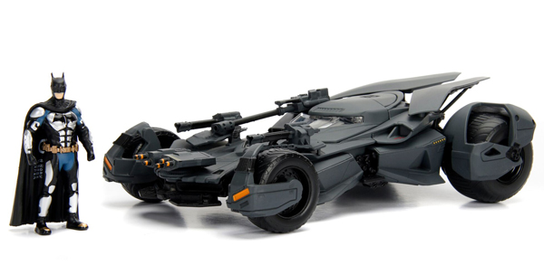 99232 - Jada Toys Batmobile with Diecast Batman Figure Justice League