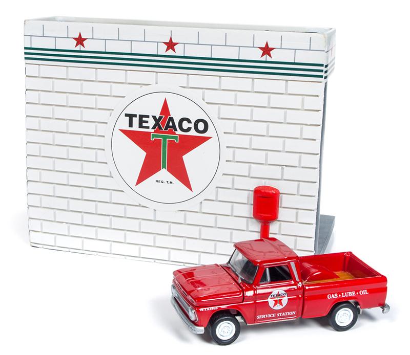 Johnny Lightning Texaco Service Station Diorama