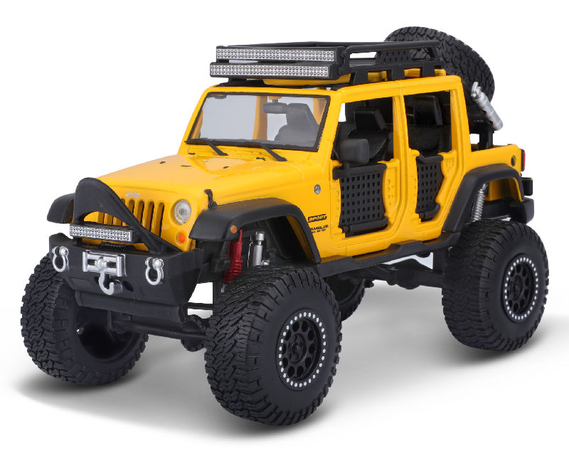 32523Y - Maisto Diecast 2015 Jeep Wrangler Unlimited