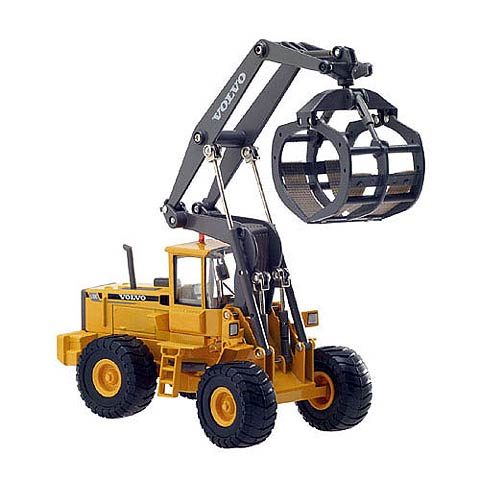 100063 - Motorart Volvo L180C HL High lift Log Loader