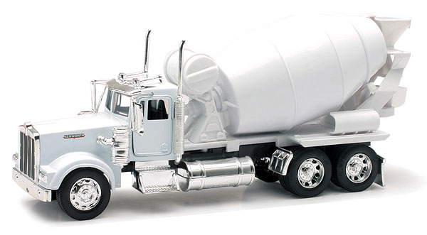 10533C - New-Ray Toys Kenworth W900 Cement Mixer