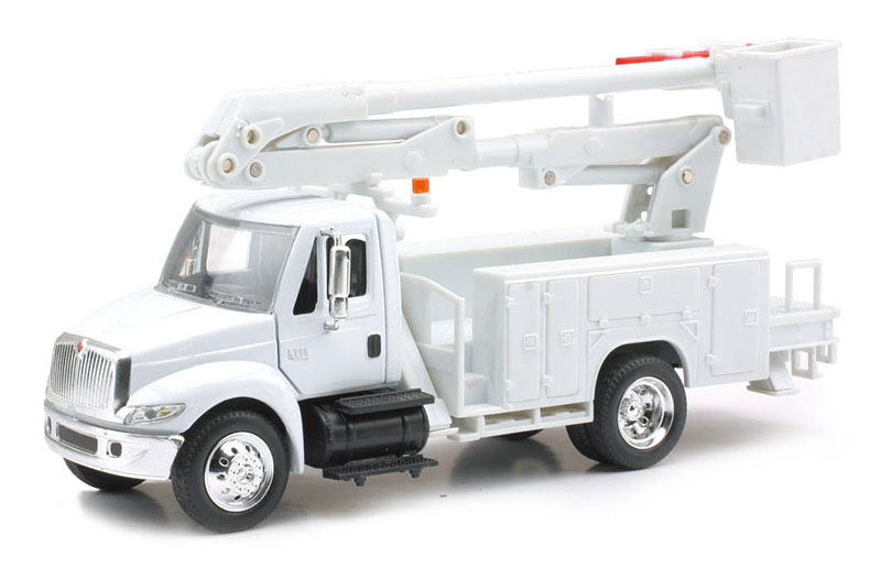 15913E - New-Ray Toys International 4200 Line Maintenance Truck cab is