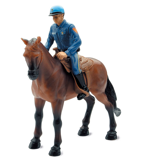 37033 - New-Ray Toys NYPD Policeman Figurine