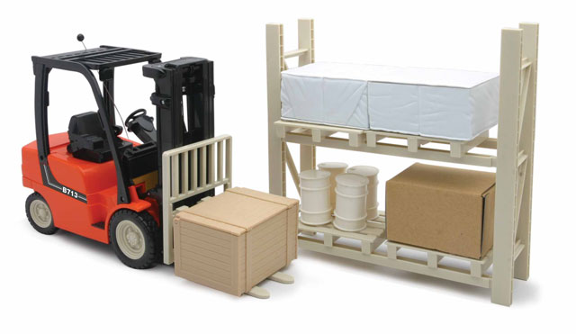 87865 - New-Ray Toys Forklift with Pallet Rack and Accessories Remote