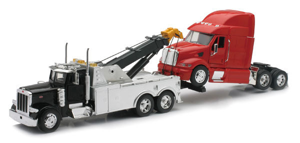 SS-12053 - New-Ray Toys Peterbilt Tow Truck Hauling a Semi Tractor