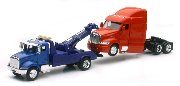SS-15053 - New-Ray Toys Peterbilt 335 Tow Truck and Peterbilt 387