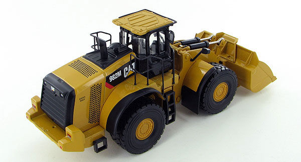 55292 - Norscot Caterpillar 982M Wheel Loader