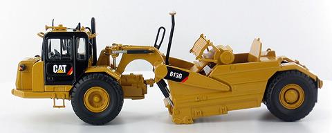 Norscot 1//50 55235 Diecast CAT Caterpillar 613G Scraper Model Wheel Tractor Toy