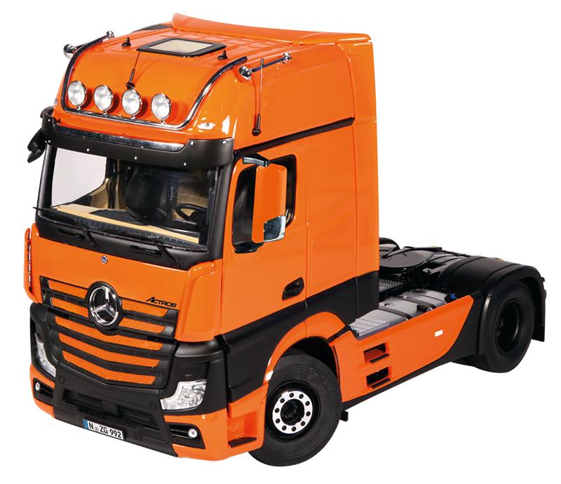NZG Model Mercedes Benz Actros GigaSpace 4x2 Tractor