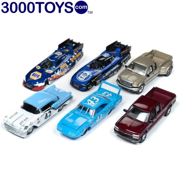 Racing Champions Mint 1957 Richard Petty Oldsmobile 88 1:64 Diecast Car RC007