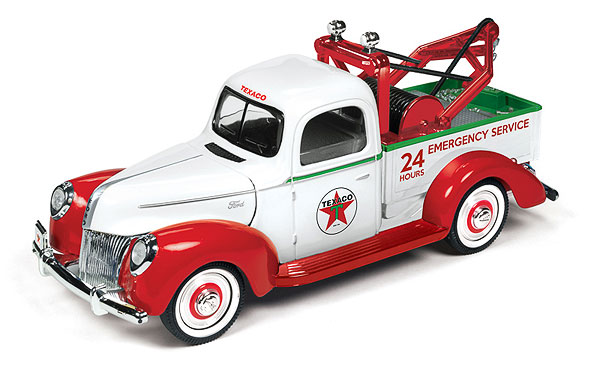 CP7321 - Round 2 Texaco 1940 Ford Wrecker 3rd