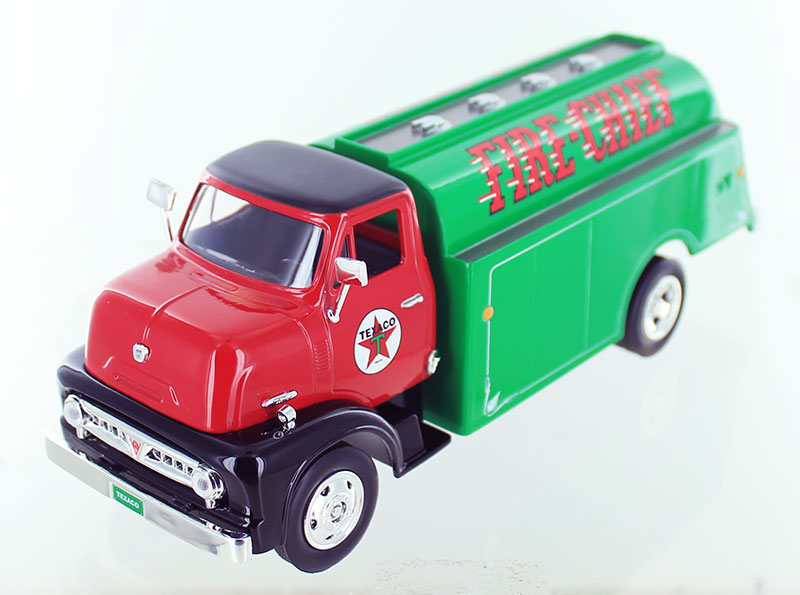 CP7520 - Round 2 Texaco 1953 Ford C Series Fuel Tanker