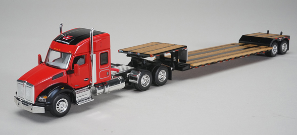 30556 - Spec-cast Massey Furguson Kenworth T880 Sleeper Cab