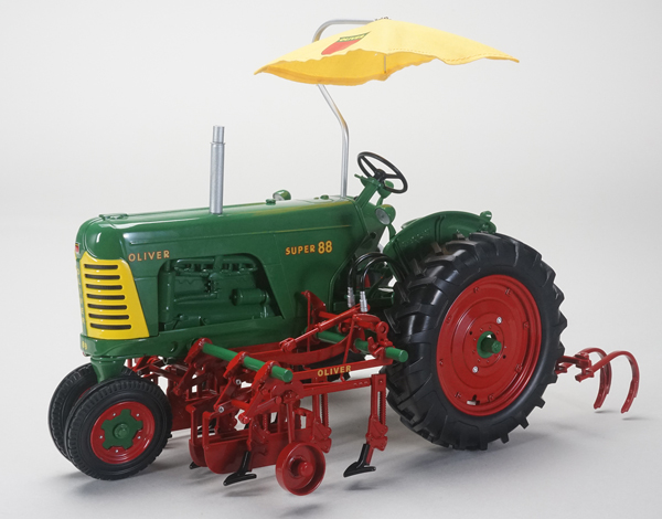 SCT-562 - Spec-cast Oliver Super 88 Narrow Front Tractor