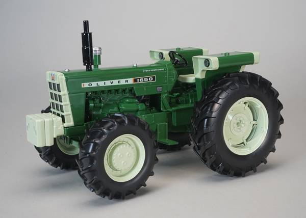 SCT-684 - Spec-cast Oliver 1650 FWA Tractor