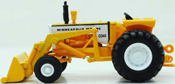 SCT-700 - Spec-cast Minneapolis Moline G940 Tractor