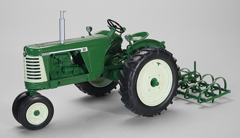 SCT-715 - Spec-cast Oliver 660 Tractor