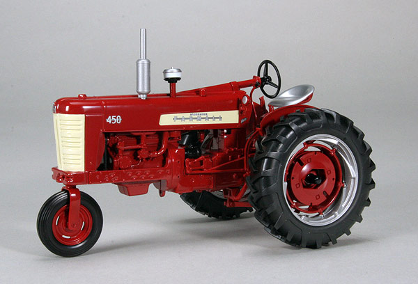 ZJD-1711 - Spec-cast Farmall 450 Gas Single Front Tractor