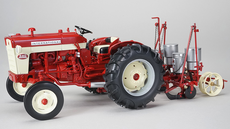 ZJD-1804 - Spec-cast International 340 Narrow Front Tractor