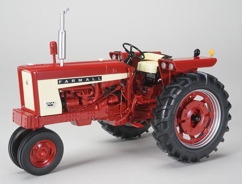 ZJD-1812 - Spec-cast International 504 Narrow Front Tractor