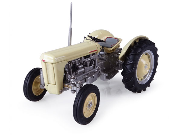 4991 - Universal Hobbies Ferguson TO 35 Tractor 1957