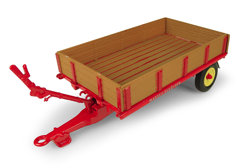 5329 - Universal Hobbies Massey Ferguson T3 Trailer