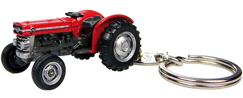 5566 - Universal Hobbies Massey Ferguson 135 Tractor Key Ring