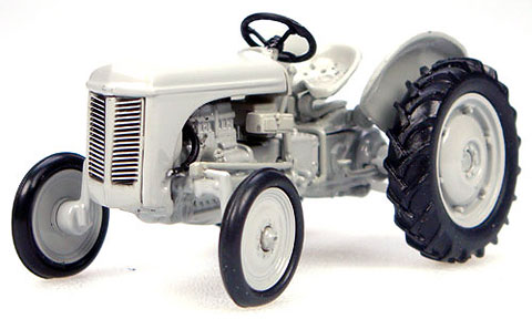6001 - Universal Hobbies Ferguson TEA20 Tractor 1947 Model