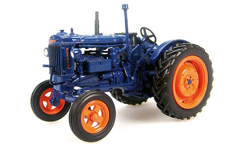 6037 - Universal Hobbies Fordson E27N Tractor 1948 Model