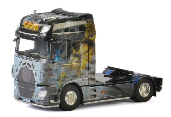 01-2046 - WSI Model Tom Tech VADER DAF XF SCC Show