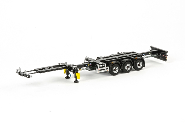 03-1010 - WSI Model 3 Axle Container Chassis White Line