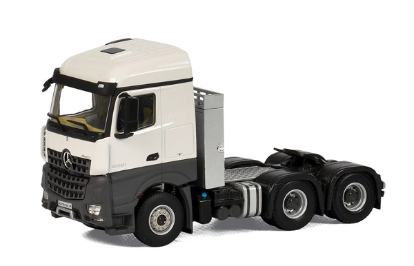03-1147 - WSI Model Mercedes Benz Arocs MP4 StreamSpace Cab Only