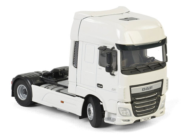 03-2011 - WSI Model DAF XF Super Space Cab Tractor Cab
