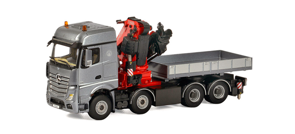 04-1166 - WSI Model Mercedes Benz Actros Big Space Tractor