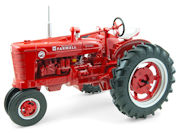 ERTL - 14867 - Farmall Super MD